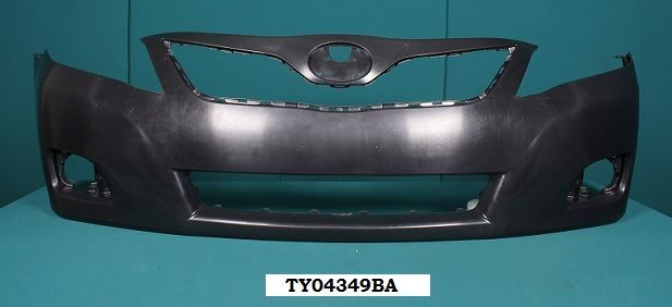 Передний бампер на Toyota Camry/ Камри 45