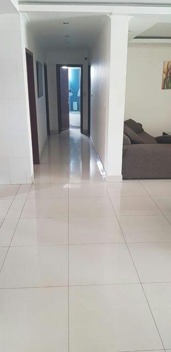Arrenda se um apartamento t3 c 3 wc n king village Boane - imagem 1