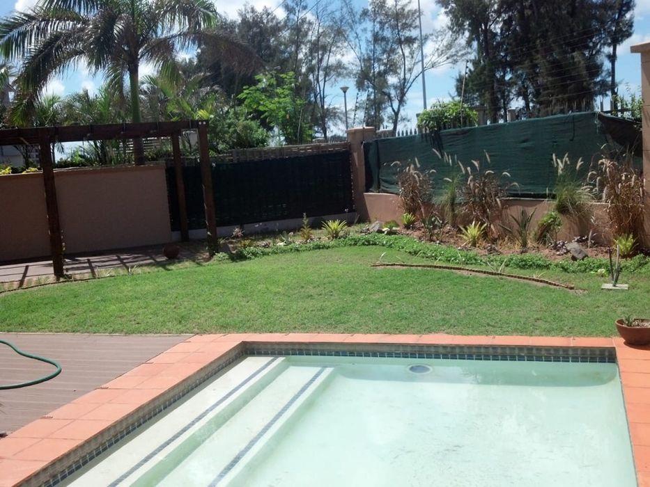 Arrenda se moradia duplex t3 luxuosa c piscina no condominio Mares Sal Sommerschield - imagem 8