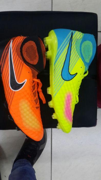 Chuteiras Nike Polana - imagem 1