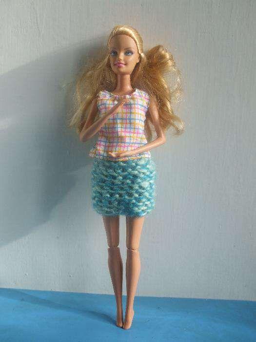 Papusa originala Barbie 2009