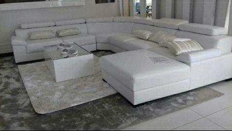 Sofa L á venda