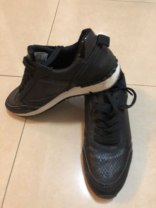 Adidasi pantofi negri piele ca noi