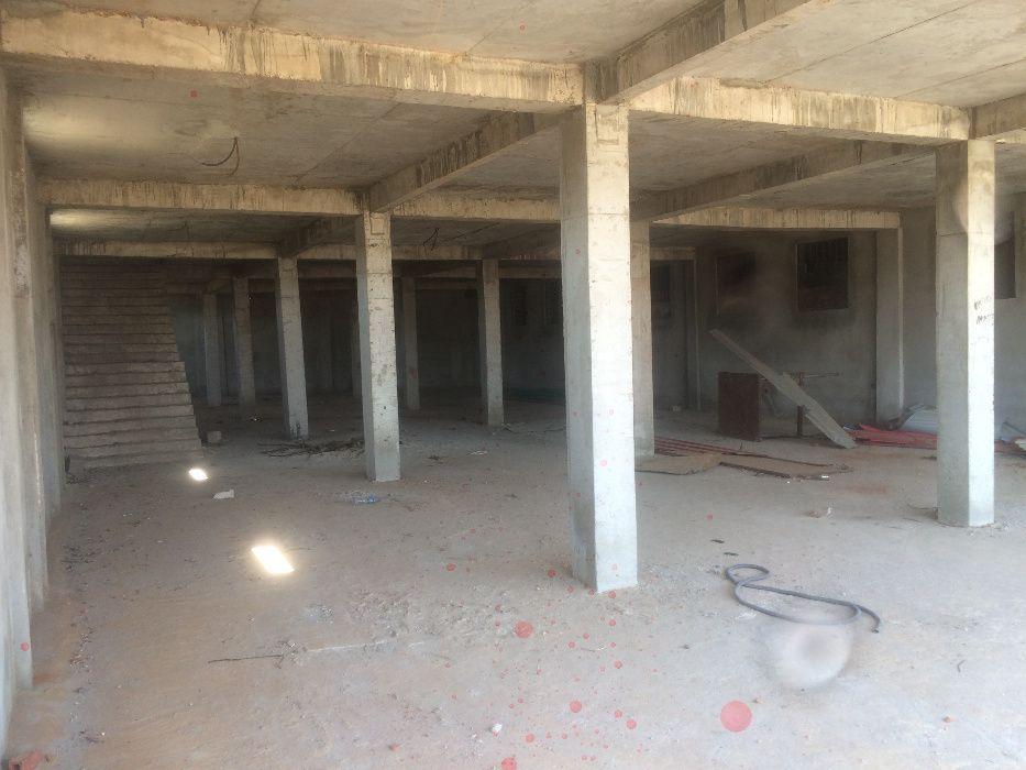 Vende-se estabelecimento comercial inacabado, bairro Mundial (Benfica)