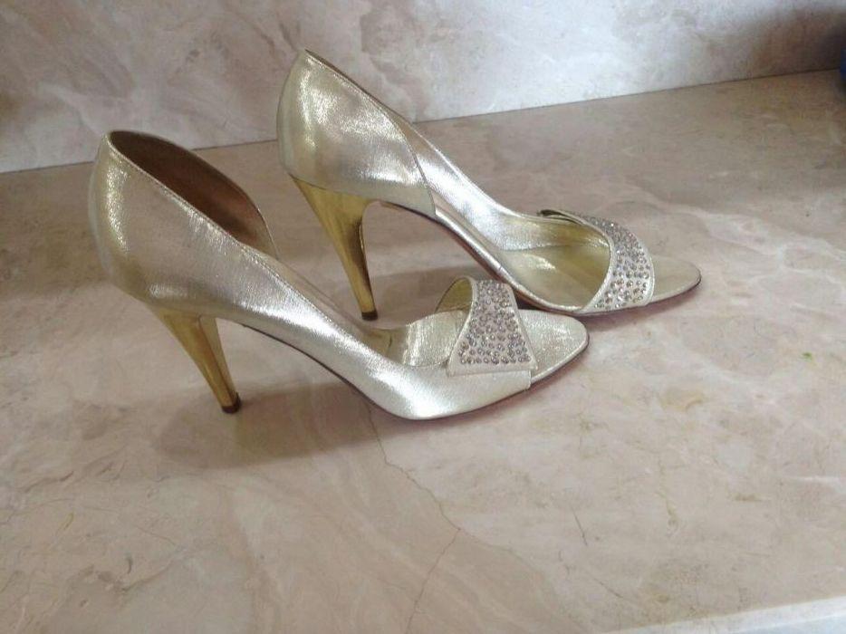 Нови дамски обувки с камъни Сваровски