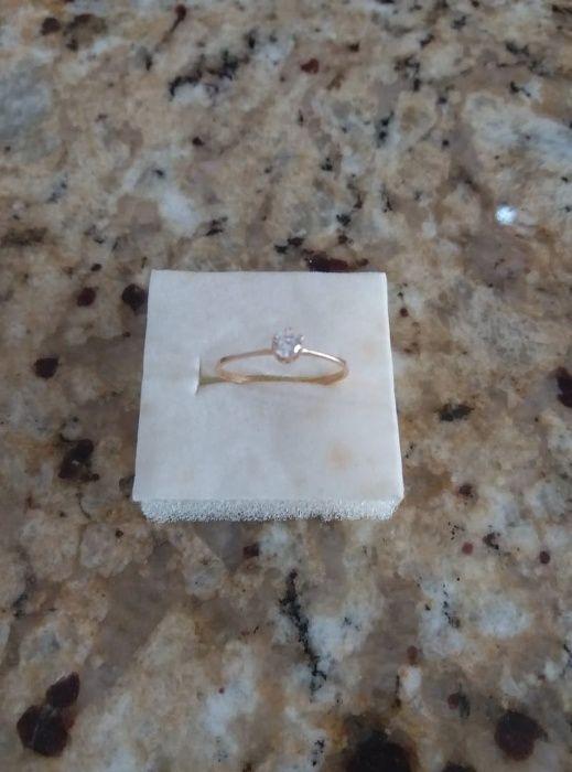 Vendo 2 Aneis de noivado