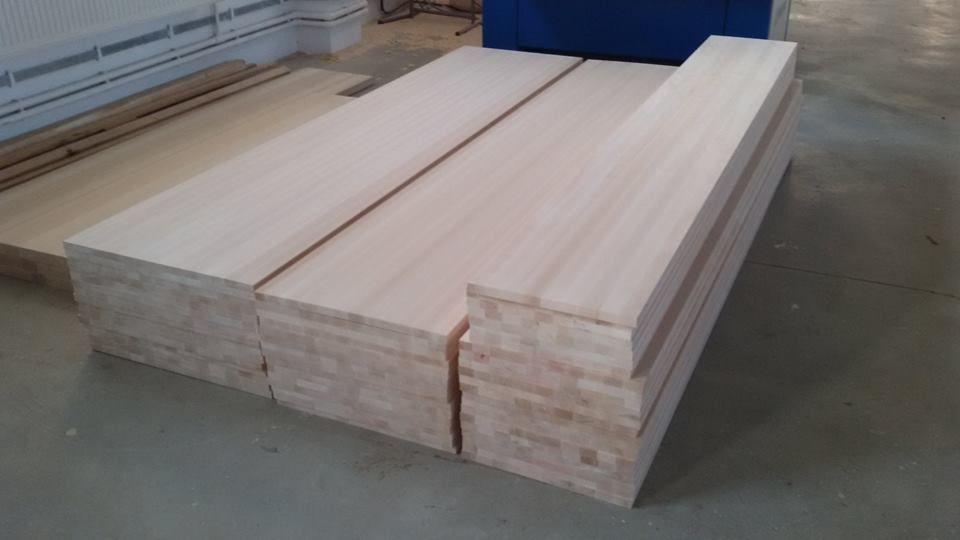Producem panouri din lemn masiv de TEI pentru mobilier