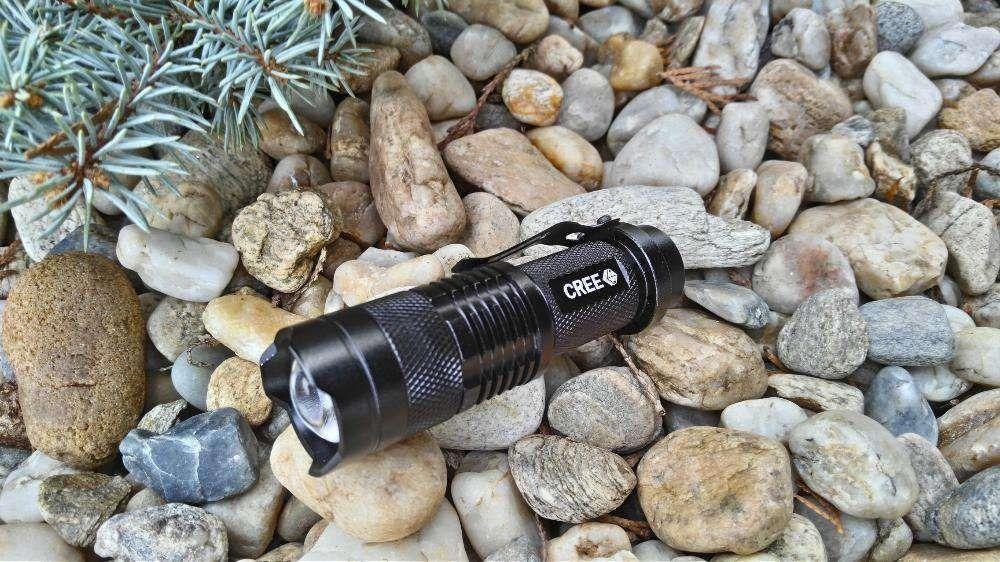 Lanterna / Far Bicicleta Power Light 9 Cm cu ZOOM si Led CREE Q5 NOU