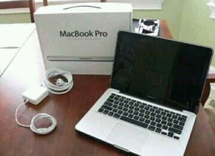 Macbook a venda
