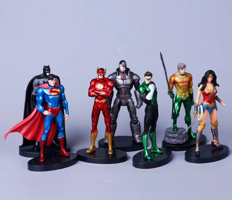 Set Figurina Superman Batman Wonder Woman Flash Green Lantern 13cm DC