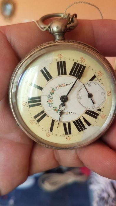 Ceas de buzunar argint foarte vechi functional