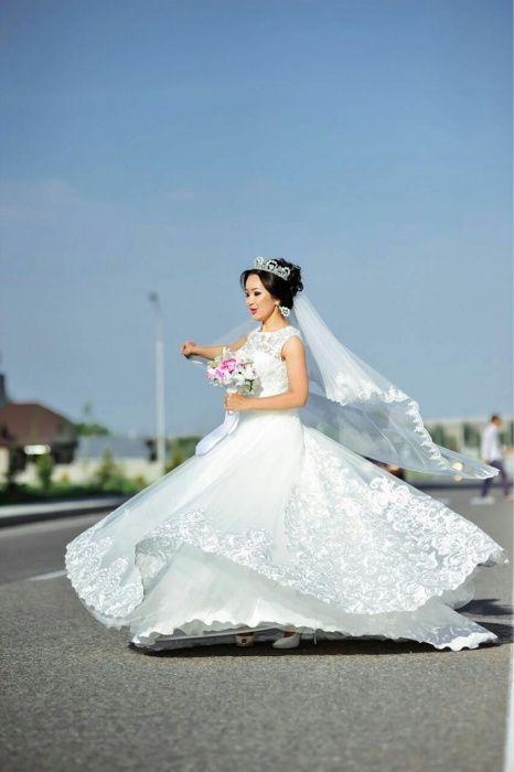 Продам свадебное платье в отличном состоянии за 120 000 тг или прокат