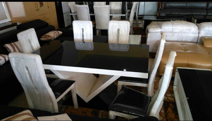 Mesa de Jantar + Mesa de Centro em promoção