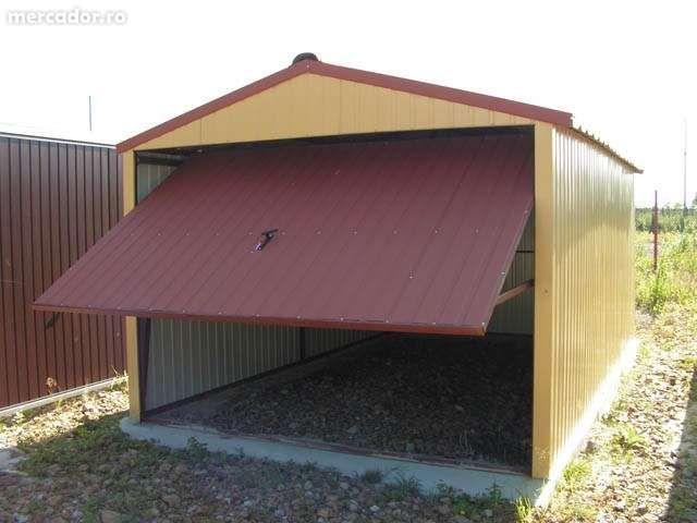 Garaj metallic color pentru o maşină, de 3m x 5m, cu poartă culisantă