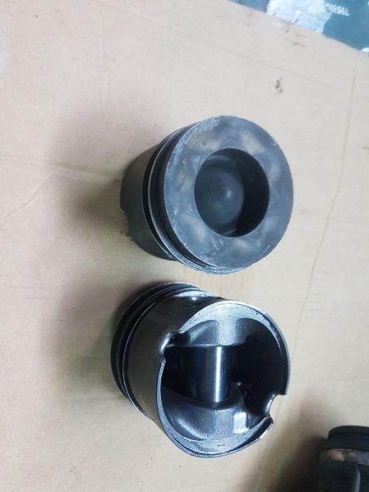 Piston,pistoane bmw e90,e60,320d,177 cp,DEZMEMBRARI BMW