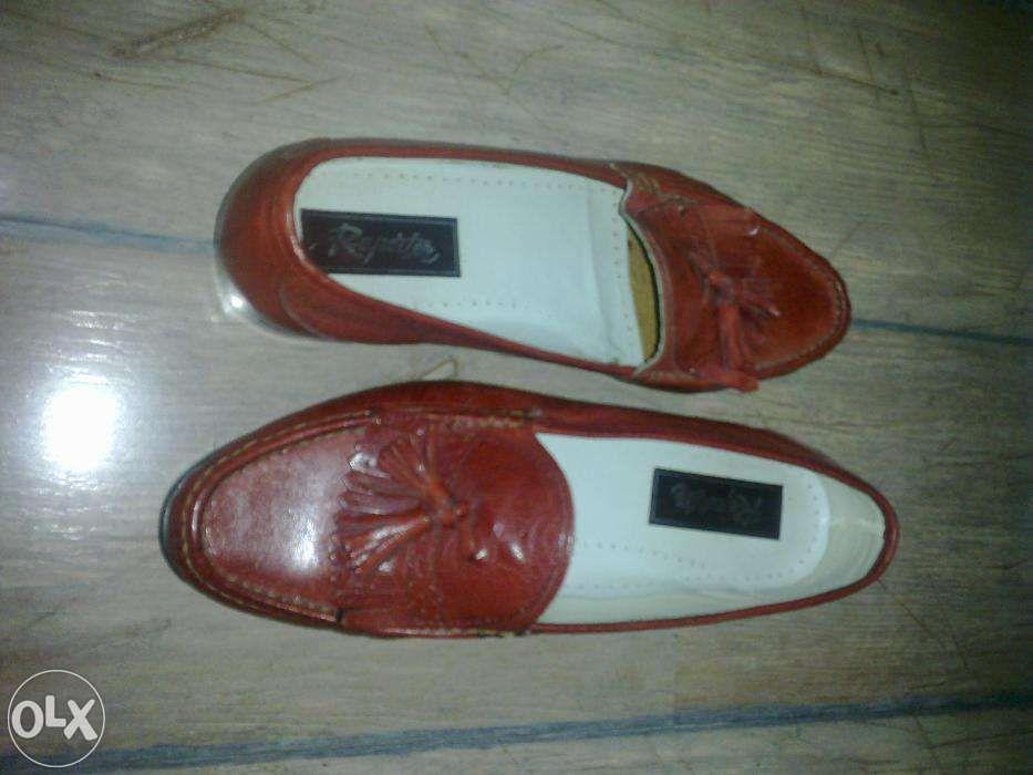 pantofi rosii din piele scarpi
