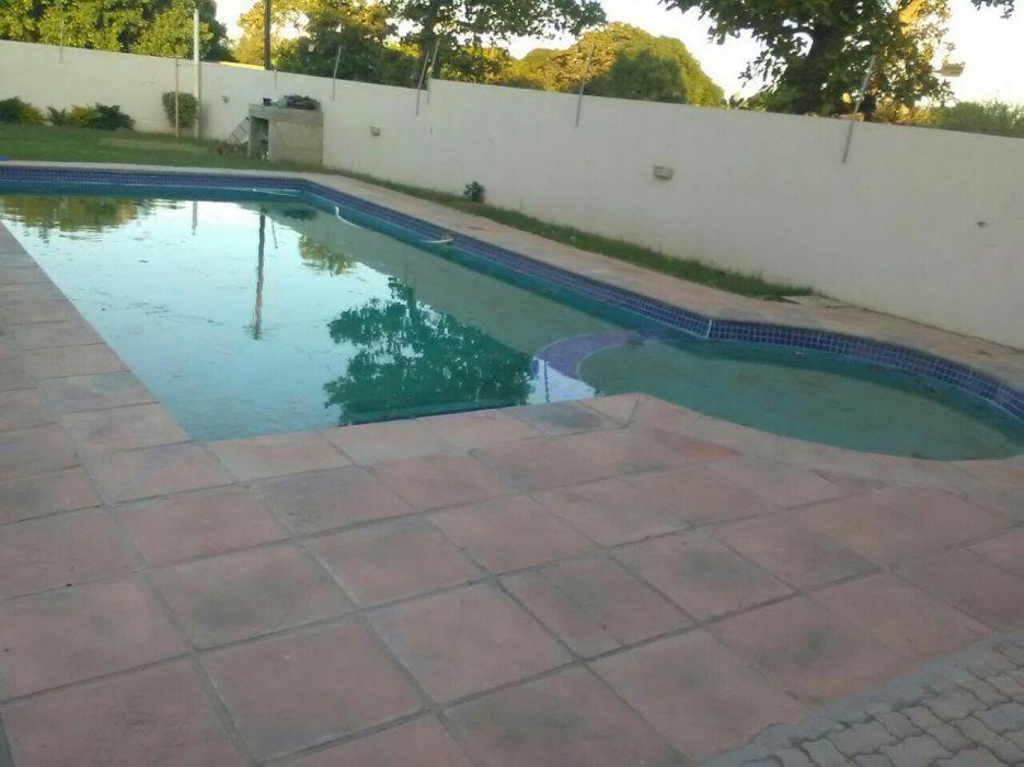 Arrenda-se tip3 com piscina no condomínio da mozal