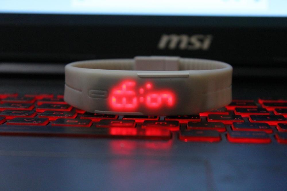 Спортни LED часовници