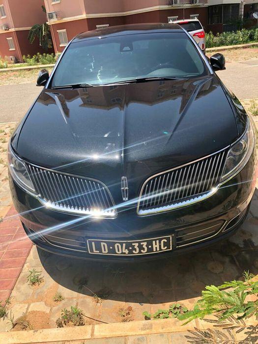 Vende-se Lincoln MkS