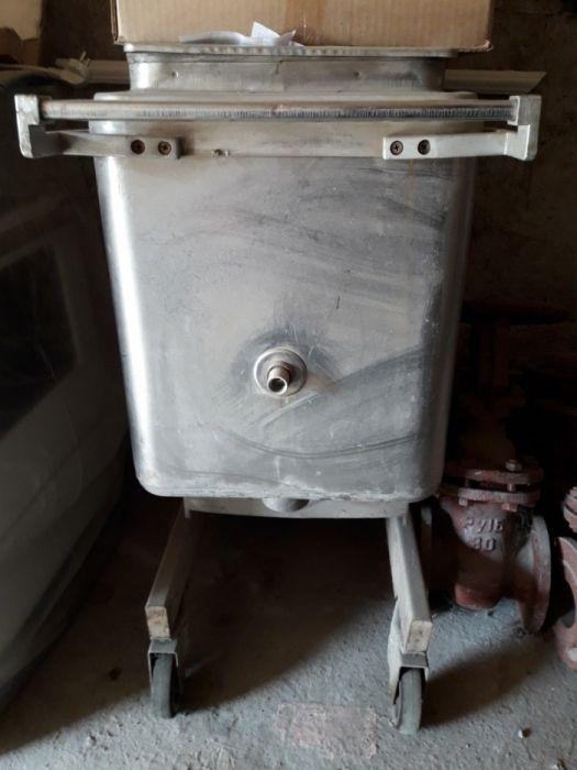 Продам котел передвижной (Котел варочный для столовых .