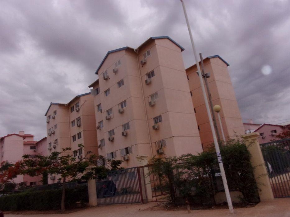 Vende se apartamento t3 urbanização nova vida 4º andar.