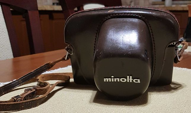 Vand aparat de fotografiat Minolta SR7.