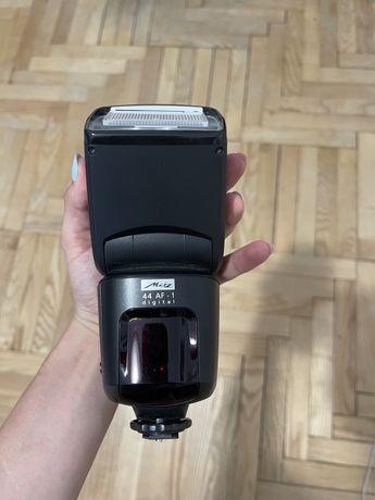 Светкавица mecablitz 44 AF-1 digital за NIKON