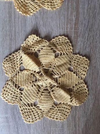 Ръчно плетени каренца