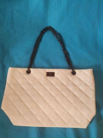 Нова дамска чанта