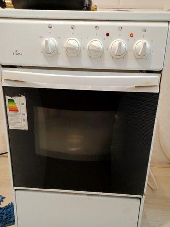 Продам плиту в хорошем состоянии все работает
