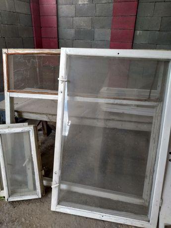 Окно деревянный 145см на 134см