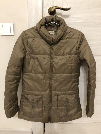 Женская осенняя куртка б/у