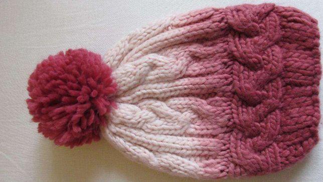 Caciula roz TEX bebe-cu model si ciucure-marimea 2/4 luni-NOUA!!