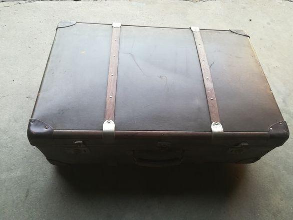 Стари куфари ,сандъци