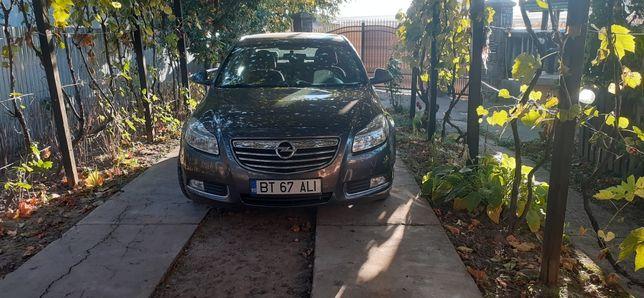 Opel Insignia 1,9tdci 140 cp 2010