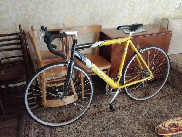 Продам шоссейный велосипед Мерида в отличном состоянии