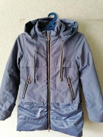 Две куртки для девочки