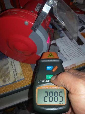 Дигитален инфрачервен оборотомер тахометър