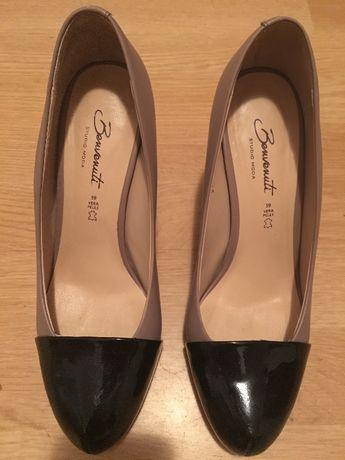 Vând pantofi Benvenuti