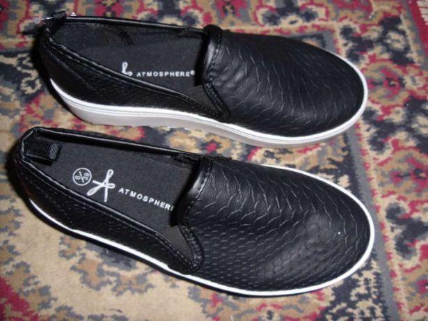 pantofi noi Atmosphere