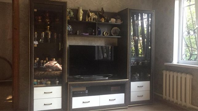 Продам горку и тумбу под телевизор