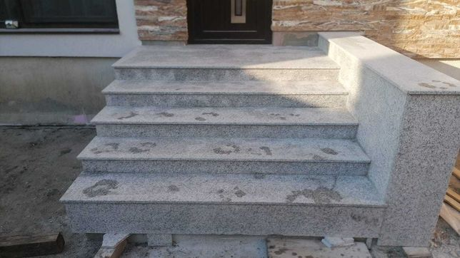 Granit fiamat pentru exterior