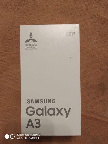 Продам Самсунг А3 2017