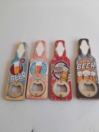 Desfacator sticle bere din lemn