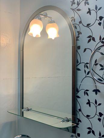 Зеркало с полкой и подсветкой