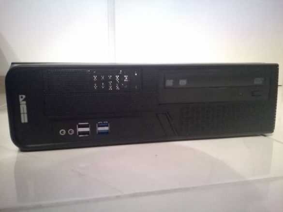 Продавам четириядрен компютър NCS FOUR4 DT-A426