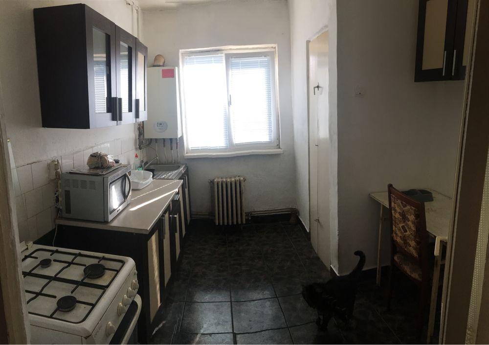 Apartament 2 camere (zona Dallas)