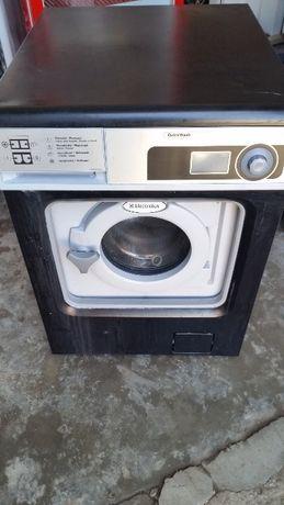 Професионална пералня ELECTROLUX