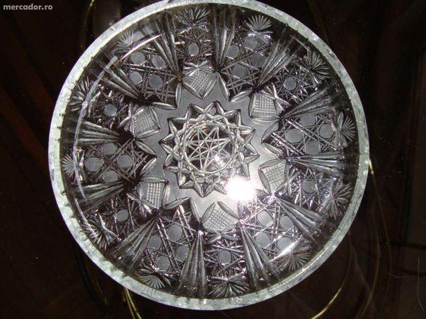 platou cristal Bohemia fin lucrat manual nefolosit original Cehia.