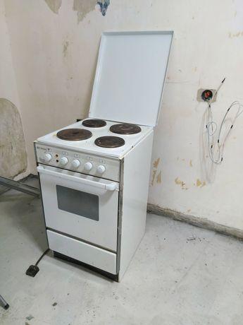 Продам кухонную плиту